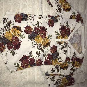 Long sleeve flower print tee